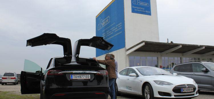 Kubicek veranstaltet Elektromobilitäts-Testtag